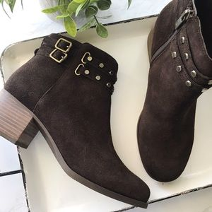 Koolaburra by UGG Brown Suede Boots